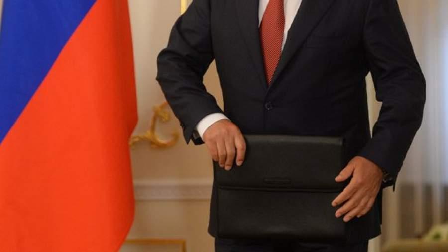 Ученые определили портрет идеального политика для россиян