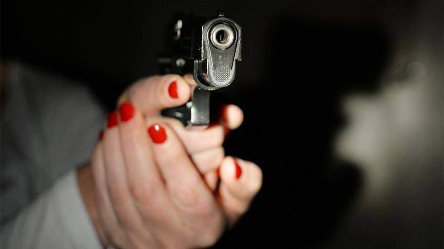 Картинки с пистолетом и в крови