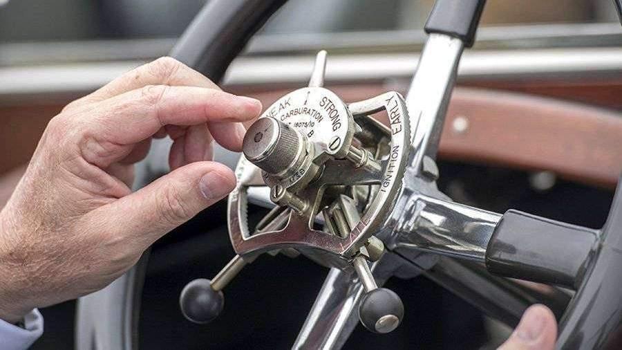 01_GettyImages-593374016 Rolls-Royce Николая II выставлен на продажу за 278 млн рублей