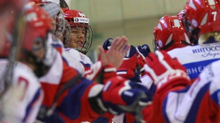 Женская сборная РФ по хоккею впервые обыграла Канаду на молодежном ЧМ в Дмитрове | Видео