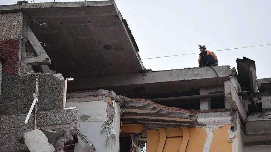 На Сахалине на рабочих завода рухнула крыша, число жертв растёт