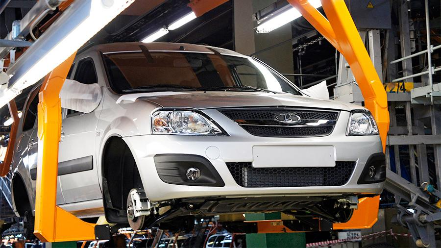 «АвтоВАЗ» запустил производство биотопливной Lada Largus