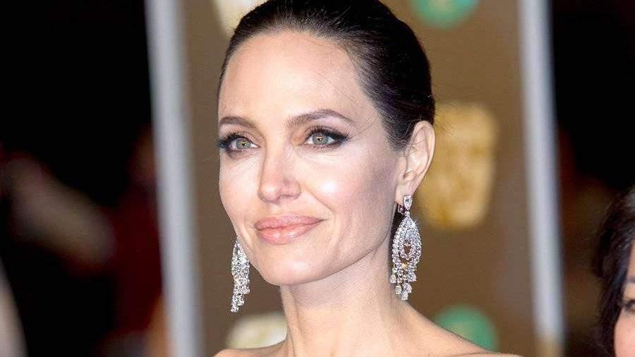 Анджелина Джоли сыграет в супергеройском фильме Marvel ... анджелина джоли кинопоиск