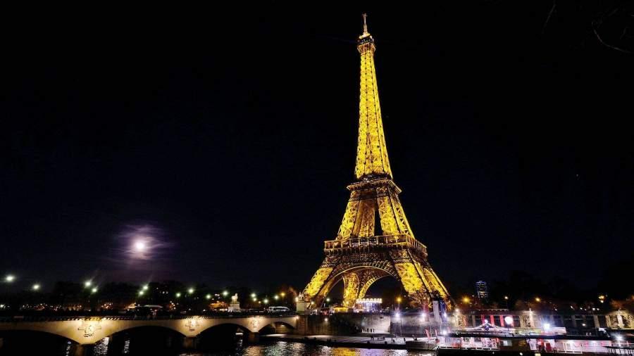 новая зеландия теракт Picture: Эйфелева башня погасит огни в память о жертвах теракта в