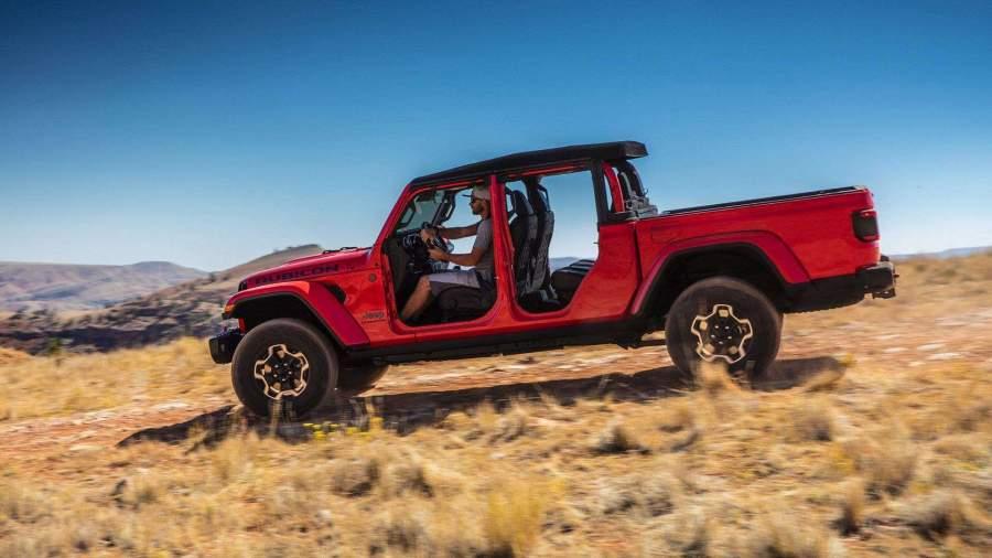 Jeep приступила к выпуску нового пикапа Gladiator