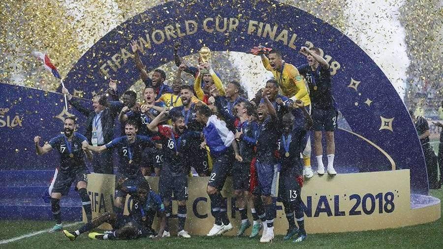 cempionat-mira-po-futbolu-v-rossii-stal-samim-pribilynim-v-istorii