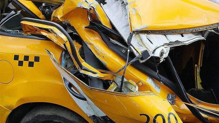 Власти Москвы оценили рост числа ДТП с участием такси