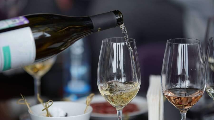 В Крыму стартовал первый международный винный конкурс