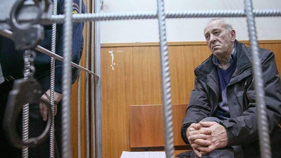 Водителю въехавшего в переход на Славянском бульваре автобуса отменили приговор