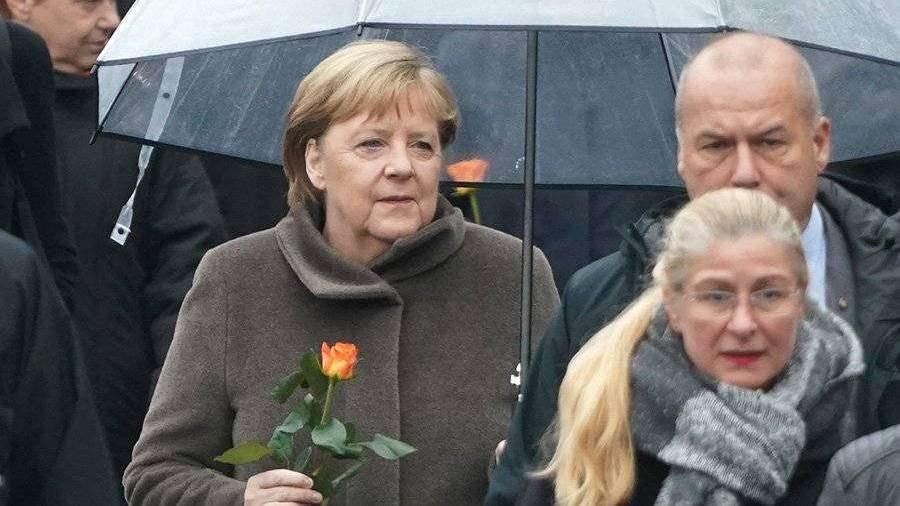 Меркель в речи обошла вклад СССР в объединение ФРГ и ГДР