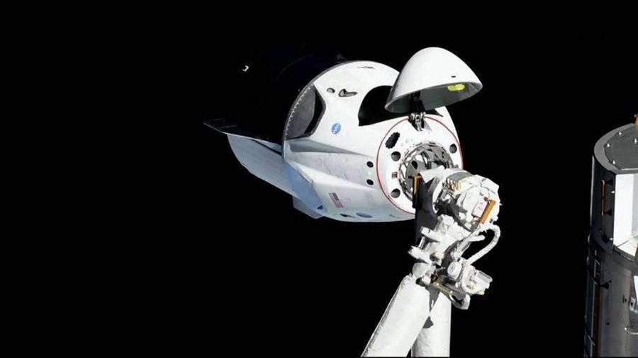 Маск пообещал пуск корабля с экипажем к МКС не раньше весны 2020 года
