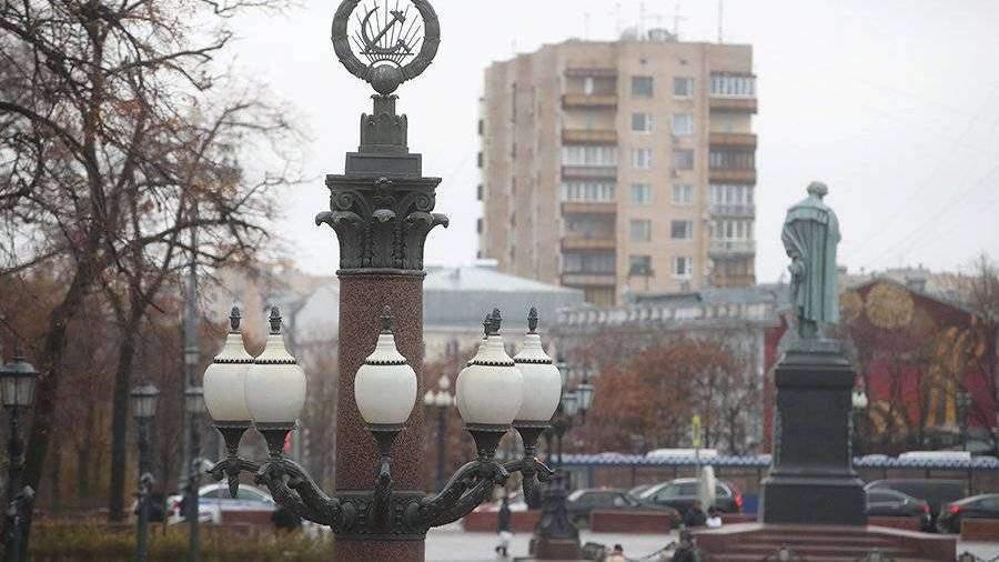 В Москве активисты «Волонтерской роты» раздадут новогодние шары