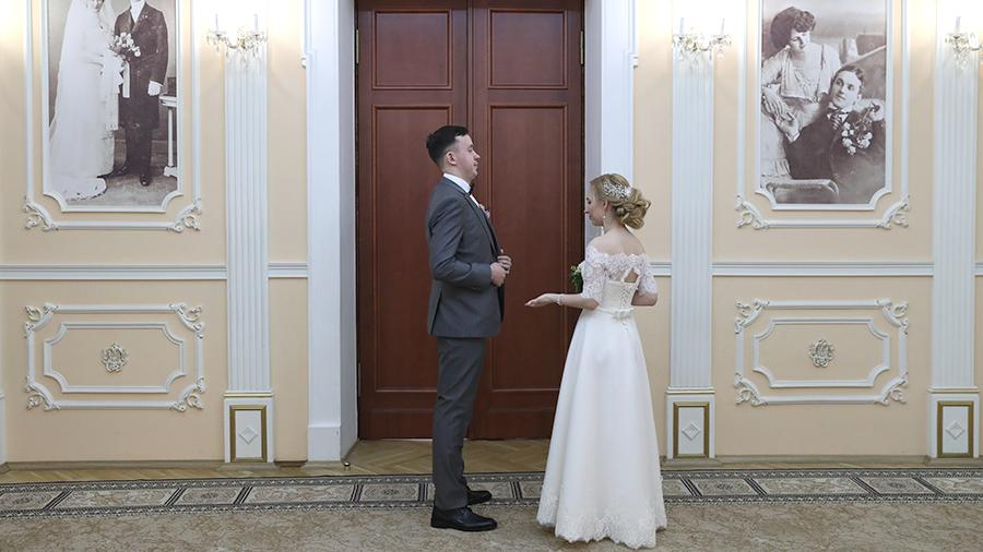 В РПЦ заявили о маловажности физического влечения при вступлении в брак