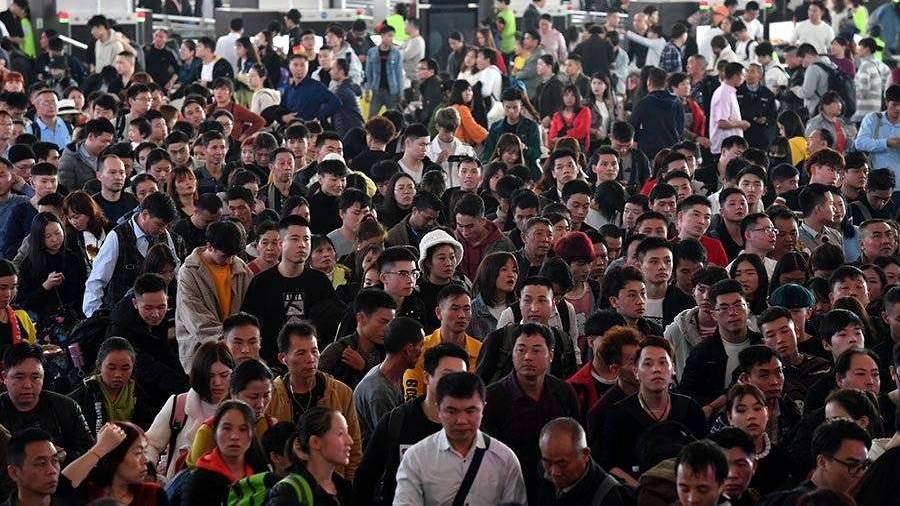 Население Китая выросло до 1,4 млрд человек