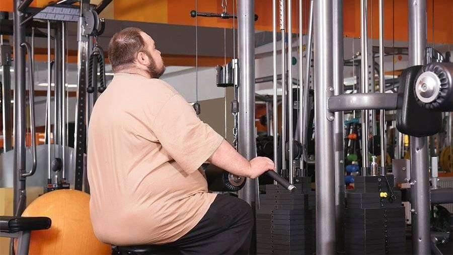 Житель Омска обвинил фитнес-клуб в дискриминации полных людей