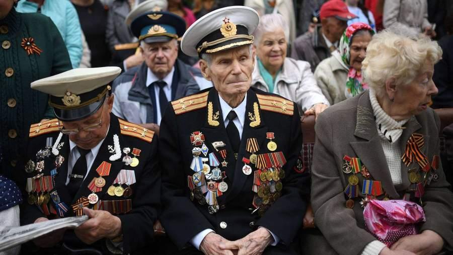 В Севастополе во дворах ветеранов проведут Парад Победы