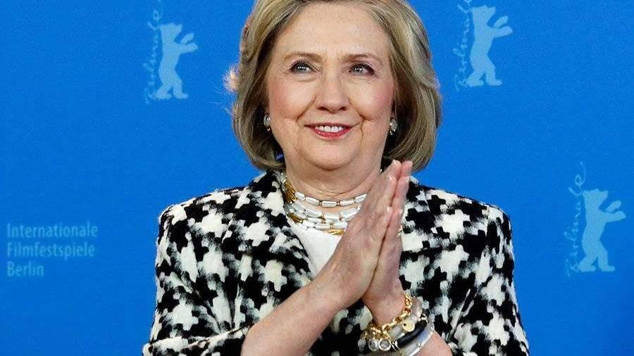 Хиллари Клинтон официально поддержала кандидатуру Байдена на выборах | Новости | Известия | 28.04.2020