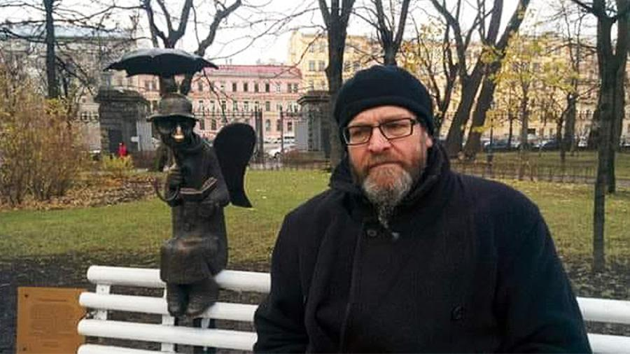 Умер скульптор Роман Шустров