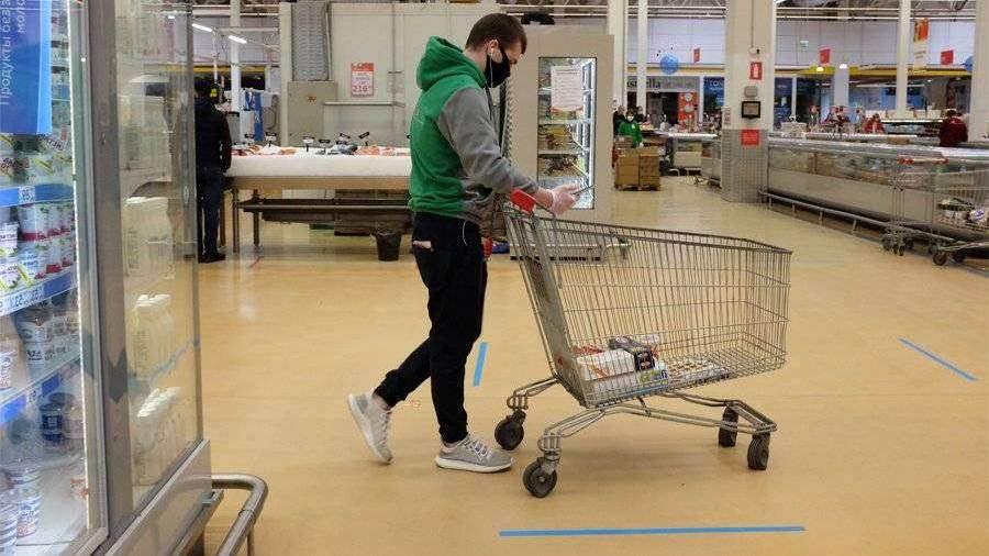 В Москве соблюдают ограничения около 19 тыс. продуктовых магазинов