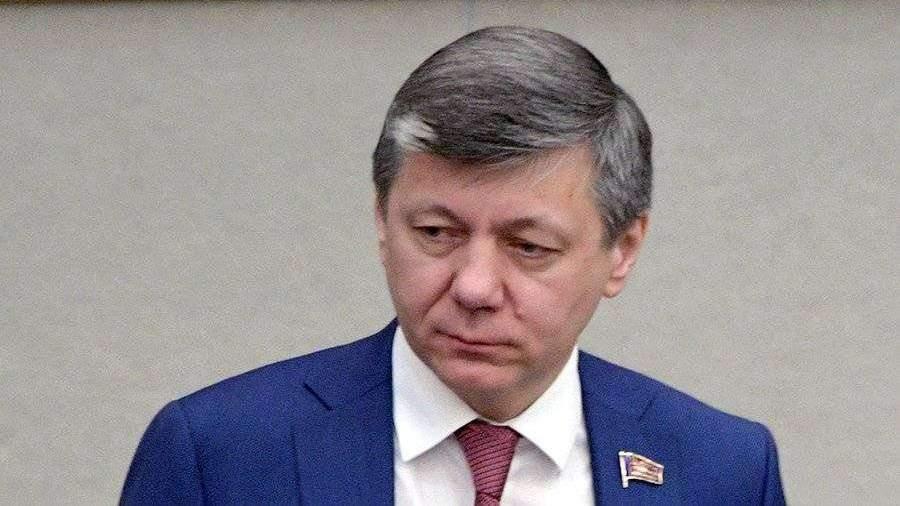 Переболевший COVID-19 депутат Новиков рассказал о своем ...