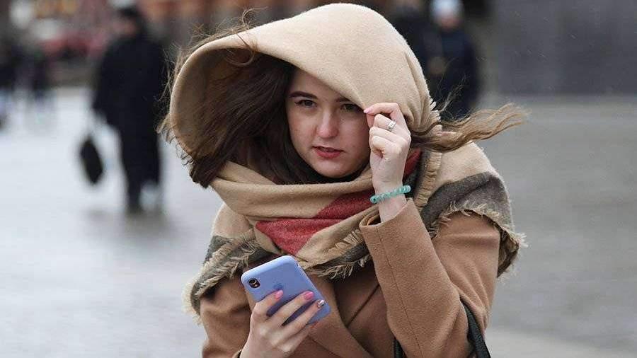 Синоптики предупредили о порывистом ветре в Москве до вечера 19 мая