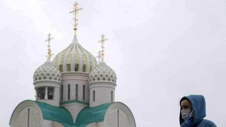 Православные христиане отмечают День Святого Духа 8 июня