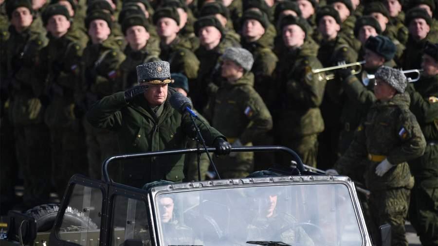 Путин лишил каракулевых шапок высших офицеров и полковников ВС России