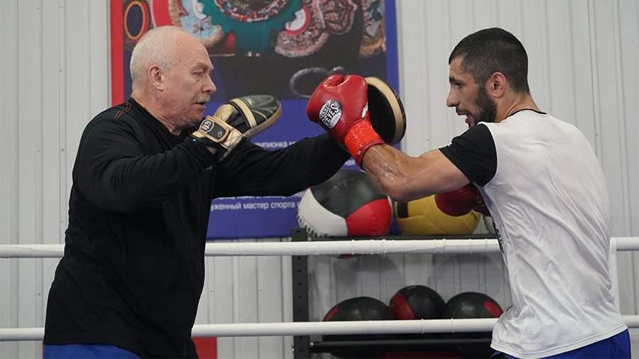 Гукасян показал кадры тренировки перед боем с Виллалбой