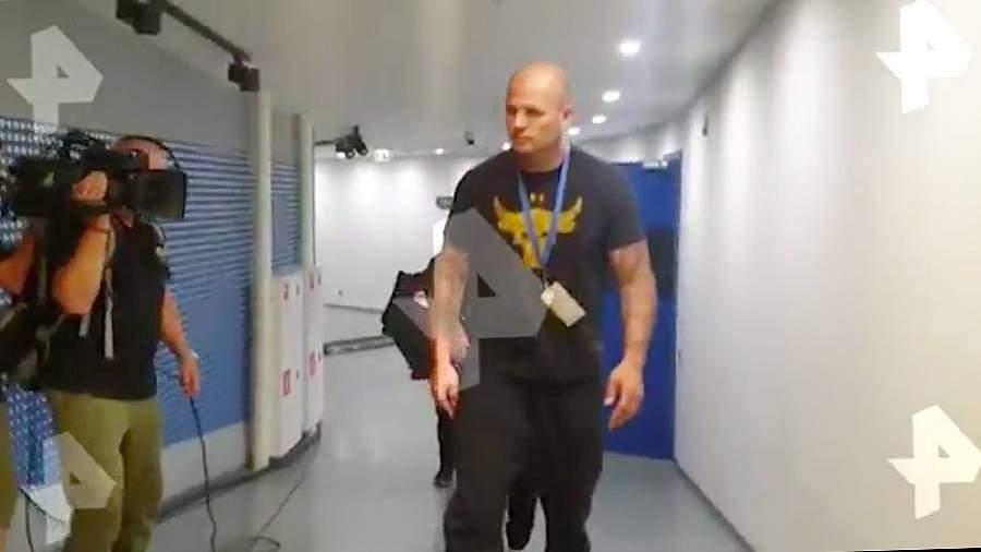 Валлиш прибыл на арену«Динамо» для боя с Гассиевым