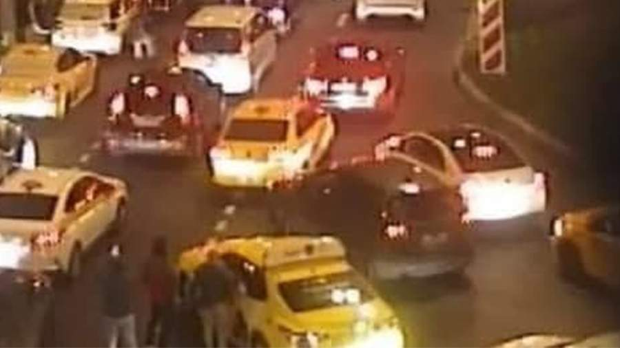Движение через тоннель в Москве восстановили после возгорания автомобиля