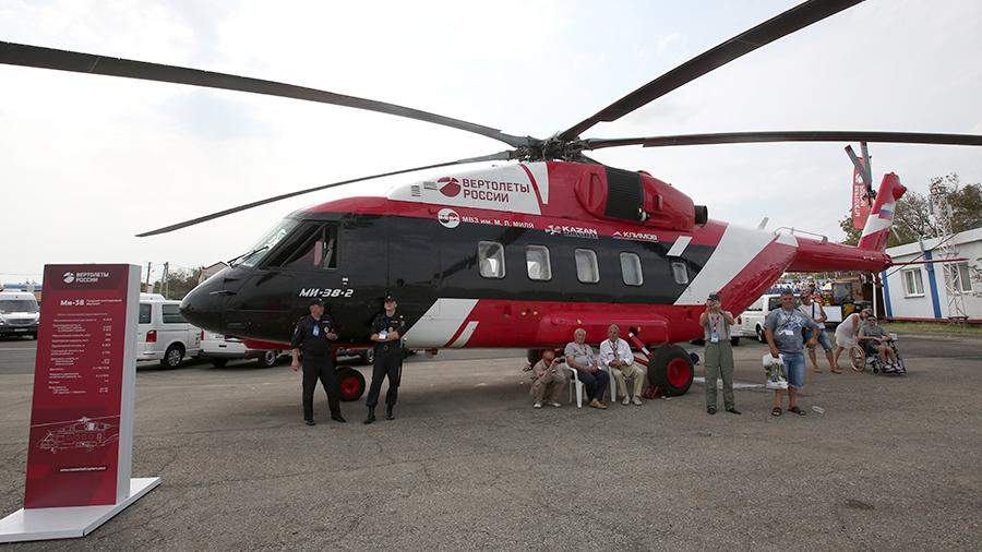 Средний многоцелевой вертолет Ми-38на международной выставке «Гидроавиасалон» в Геленджике