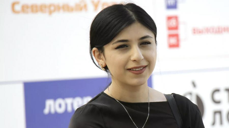 Парвин Салаева
