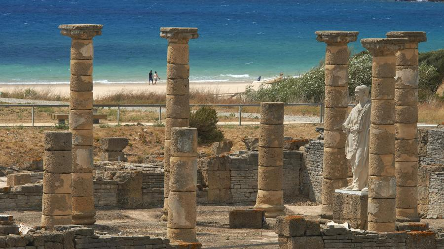 Руины древнеримского театра в Кадисе