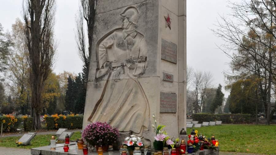 памятник польша красная армия