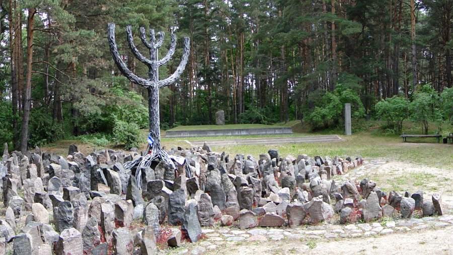 Мемориал в Румбульском лесу, где в 1941 году были казнены около 30 тысяч евреев из рижского гетто