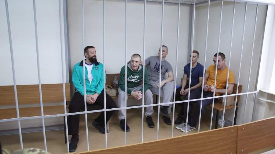 Задержанные в Керченском проливе украинские моряки