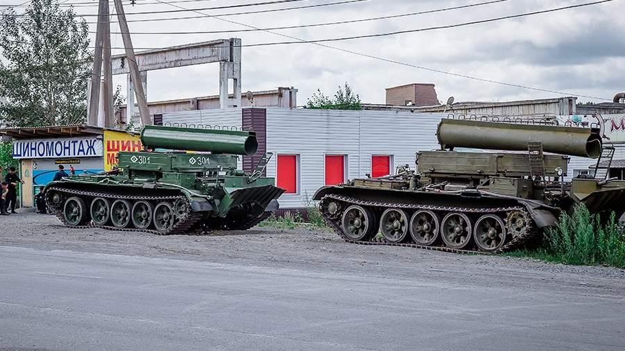 Бронированные тягачи БТС-4 в Ачинске