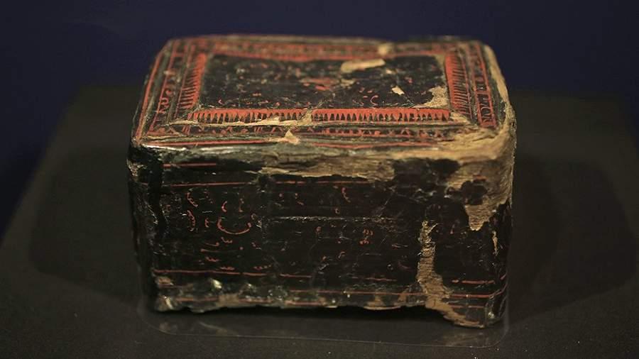 Китайская шкатулка из захоронении скифской женщины, I в. н.э.