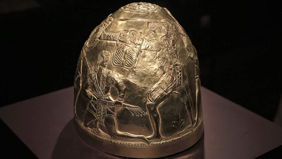 Золотой скифский шлем, IV век до н.э.