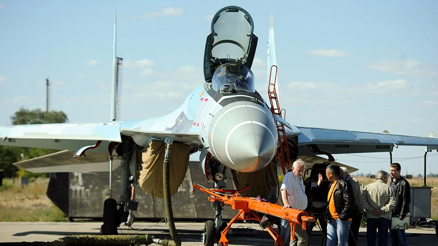 Первые экземпляры Су-35С