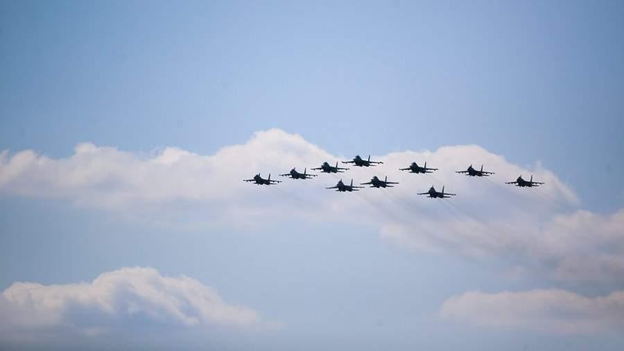 Строй «Тактическое крыло» из истребителей Су-30