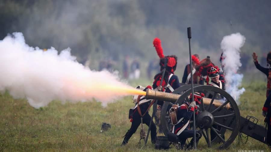 Картинки по запросу Ведь были пушки боевые: как отмечали «День Бородина» в Подмосковье