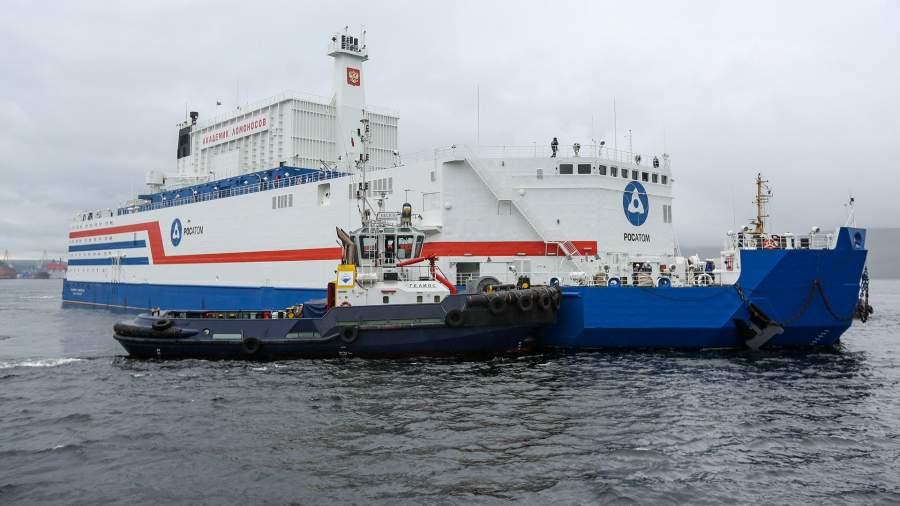 Плавучая атомная теплоэлектростанцияпроекта 20870 «Академик Ломоносов»в порту Мурманска