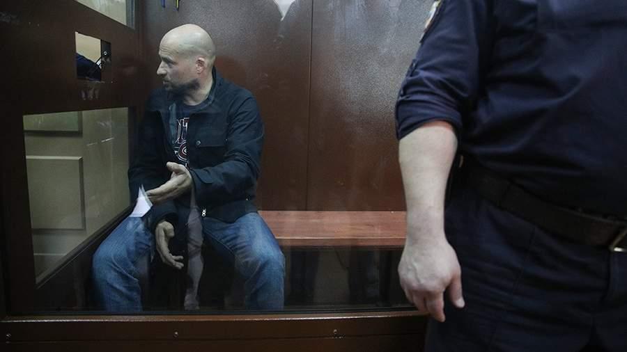 Бизнесмен Сергей Семиков во время избрания меры пресечения