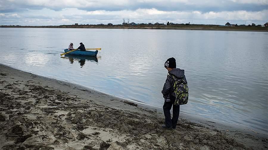 школа иртыш школьник лодка