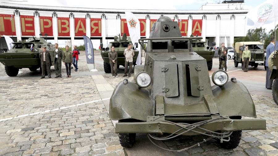 Советский легкий бронеавтомобиль 1930-х годов БА-20