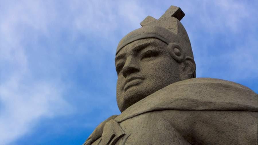Памятник адмиралу Чжэн Хэ