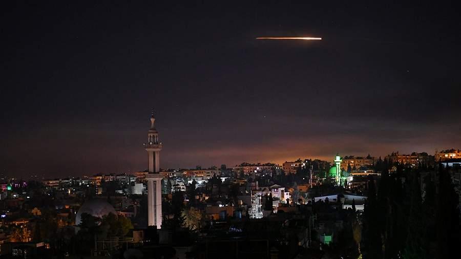 ПВО Сирии отвечают на ракетные удары по столице — Дамаску