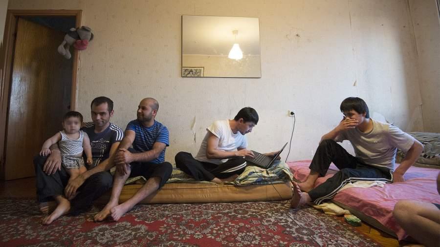 мигранты квартира