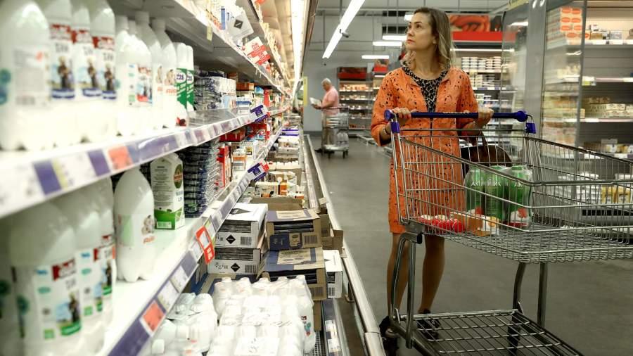 молоко прилавок торговля